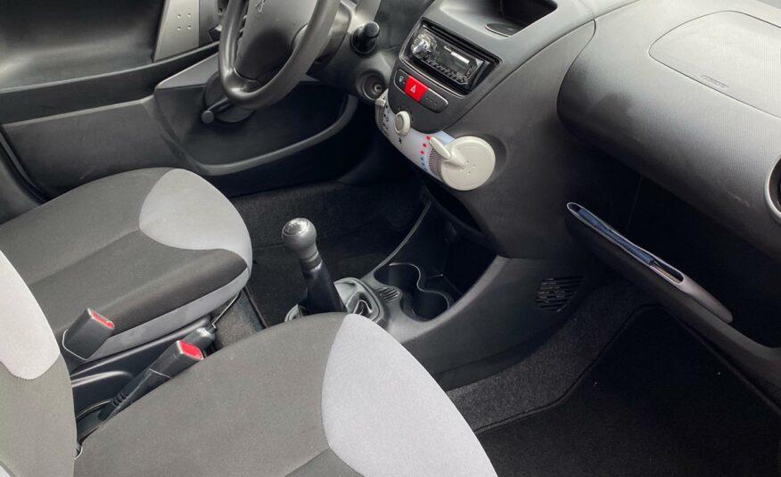 Peugeot 107 1.0 *60700km* usb* 5deurs* Eerste Eigenaar*