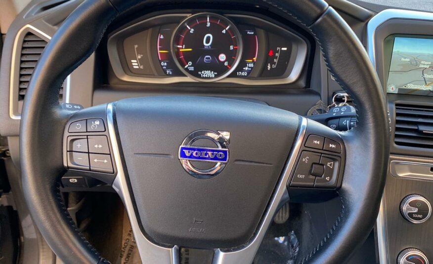 Volvo XC60 *D4* *190pk* *Automaat* *Pano* *Lane Assit*