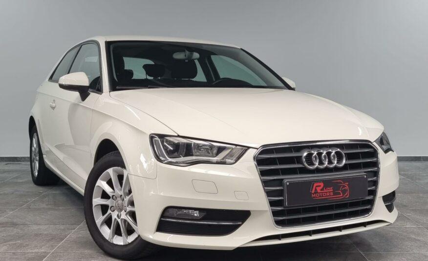 Audi A3 1.2TFSI Benzine *Parkeersensoren* *Cruise Control*