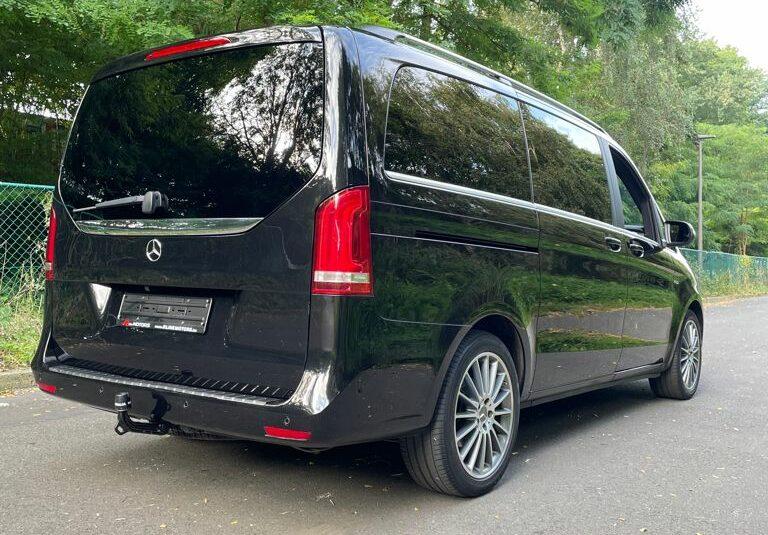 Mercedes V220 Avantgarde / 8 Zitplaatsen / Camera